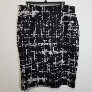 Black and white pencil skirt APT.9 -XL